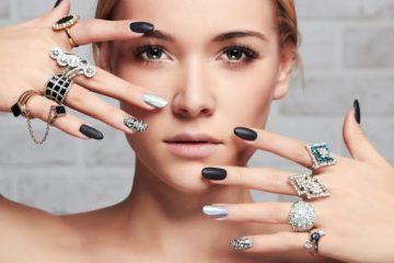 je veux des Couleurs et nuances de vernis à ongles à la mode en 2019